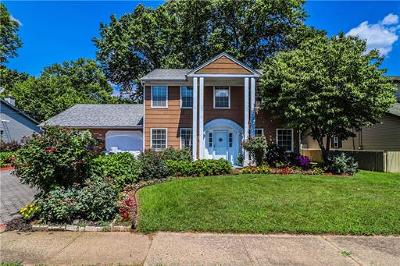 Edison Single Family Home For Sale: 75 Trenton Avenue