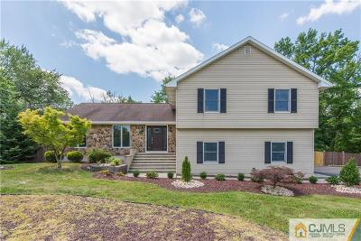 Monroe Single Family Home For Sale: 333 Gravel Hill Road