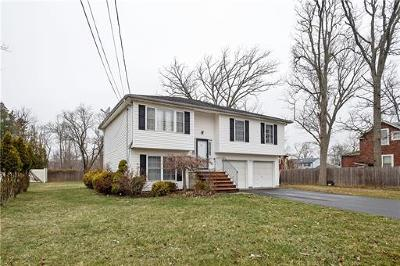 Piscataway Single Family Home For Sale: 20 School Street