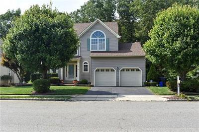 Old Bridge Single Family Home For Sale: 30 Winding Brook Drive