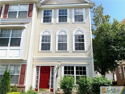 Sayreville Condo/Townhouse For Sale: 21 Giera Court
