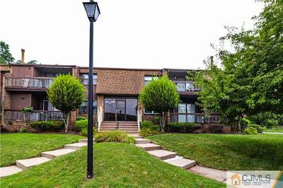 Woodbridge Proper Condo/Townhouse For Sale: 203 Sharon Garden Court