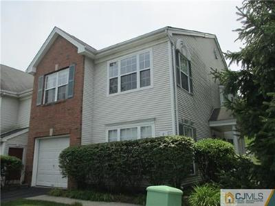East Brunswick Condo/Townhouse For Sale: 8 Windsong Circle