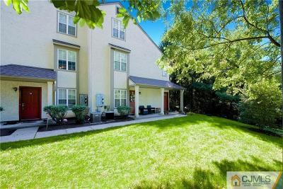 East Brunswick Condo/Townhouse For Sale: 1003 Commons Drive #3