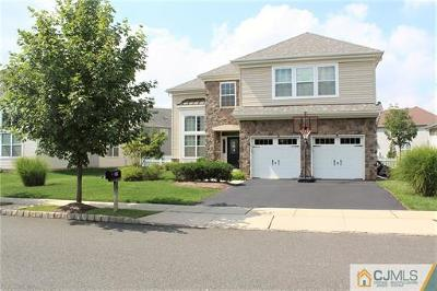 Piscataway Single Family Home For Sale: 49 Dahlia Court