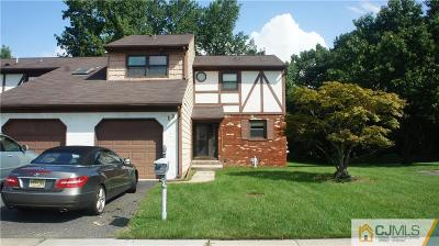 Sayreville Condo/Townhouse For Sale: 13 Exeter Court #3213