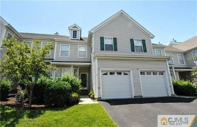Sayreville Condo/Townhouse For Sale: 5 Straton Court #1503