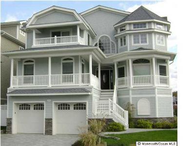 Point Pleasant Beach Single Family Home For Sale: 1618 Beacon Lane