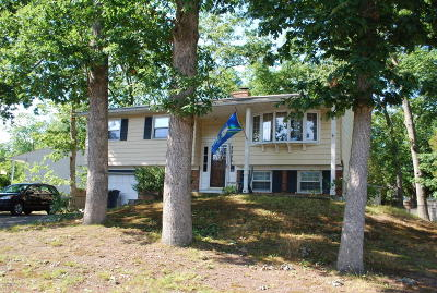 Toms River Single Family Home Under Contract: 12 Glenwood Road