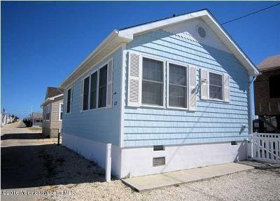 Lavallette Single Family Home For Sale: 123 W Swordfish Way