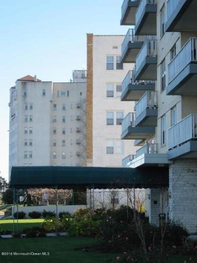 Asbury Park Condo/Townhouse Sold: 510 Deal Lake Drive #12a