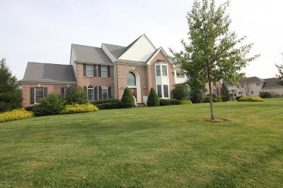 Freehold Single Family Home Continue To Show: 15 Opatut Way