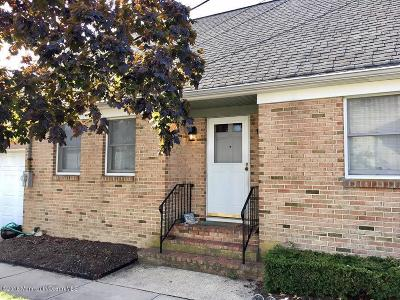 Single Family Home Sold: 128 Franklin Avenue