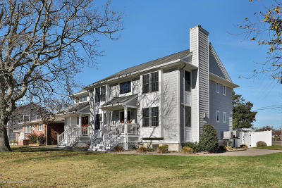 Point Pleasant Single Family Home For Sale: 401 Carter Avenue