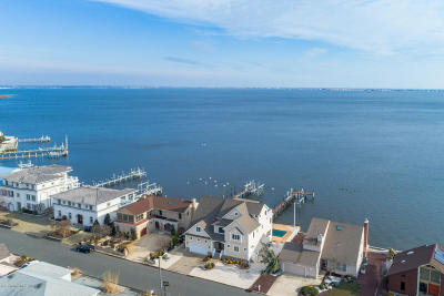 Toms River Single Family Home Under Contract: 3327 Long Point Drive