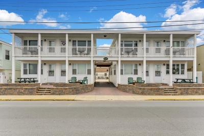 Point Pleasant Beach Condo/Townhouse For Sale: 16-18 Inlet Drive #3