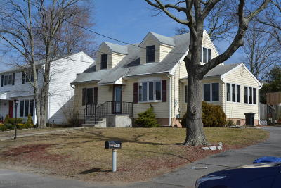 Point Pleasant Single Family Home Under Contract: 538 Barclay Drive