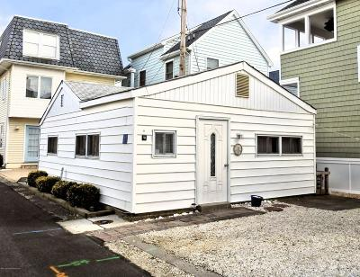 Lavallette Single Family Home For Sale: 21 E Spray Way