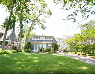 Sea Girt NJ Single Family Home For Sale: $995,000