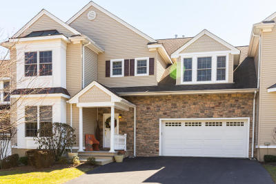 Wall Condo/Townhouse For Sale: 3407 Sleepy Hollow Court