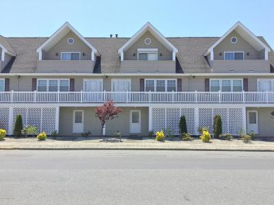Seaside Park Condo/Townhouse For Sale: 1301 SW Central Avenue #3