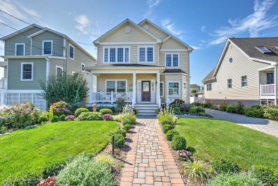Point Pleasant Beach Single Family Home For Sale: 208 Philadelphia Avenue
