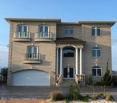 Toms River Single Family Home For Sale: 1874 Ensign Court
