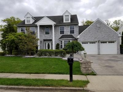 Howell Single Family Home Under Contract: 77 W Shenendoah Road