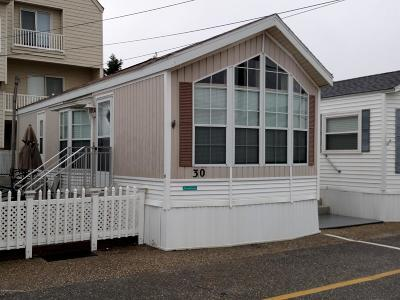 Seaside Park Single Family Home For Sale: 30 15th Street