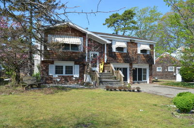Point Pleasant Single Family Home For Sale: 2027 Barnegat Boulevard
