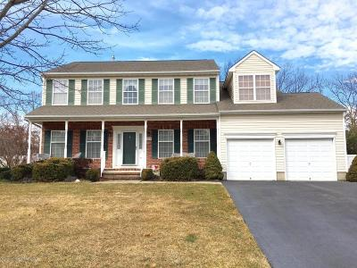 Toms River Single Family Home For Sale: 215 Brittany Lane