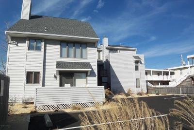 Seaside Heights Condo/Townhouse For Sale: 210 Sumner Avenue #6