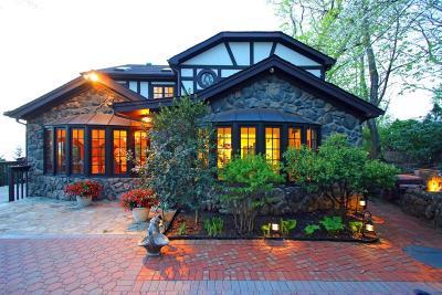 Atlantic Highlands Single Family Home For Sale: 9 Hooper Avenue