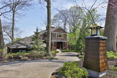 Atlantic Highlands Single Family Home For Sale: 148 Bayside Drive