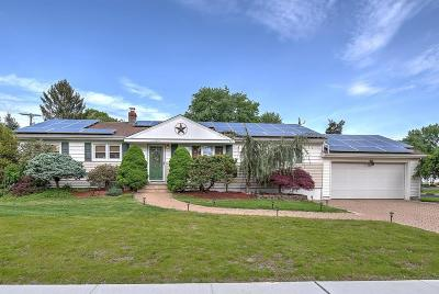 Howell Single Family Home Under Contract: 5 Lake Drive