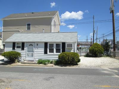 Lavallette Single Family Home For Sale: 150 W Beach Way