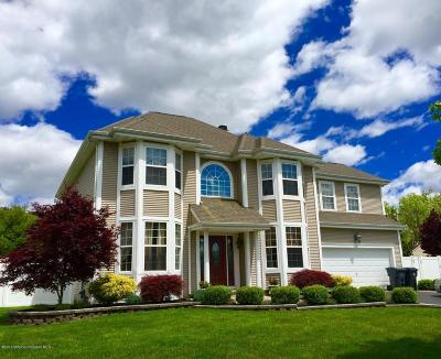 Toms River Single Family Home Under Contract: 106 Nobility Court