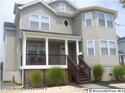 Point Pleasant Beach Single Family Home For Sale: 205 Arnold Avenue