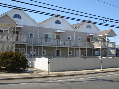 Seaside Heights Condo/Townhouse For Sale: 202 Carteret Avenue #A2