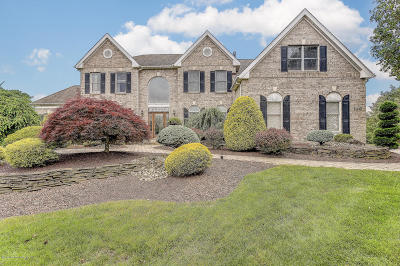 Freehold Single Family Home Under Contract: 146 Pleasant Knoll Way