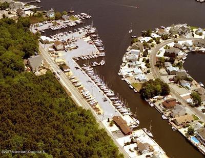 Berkeley Single Family Home For Sale: 200 Harbor Inn Road