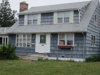 Seaside Heights Single Family Home For Sale: 218 Ceylon Avenue