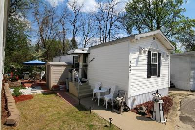 Hazlet Single Family Home For Sale: 262 Lane C