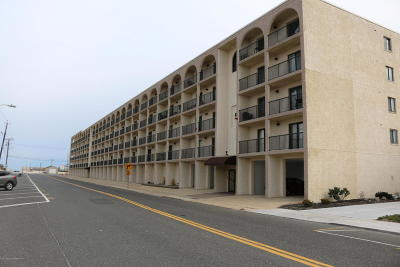 Seaside Heights Condo/Townhouse For Sale: 51 Hiering Avenue #6