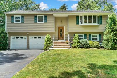 Middletown Single Family Home Under Contract: 28 Albon Court