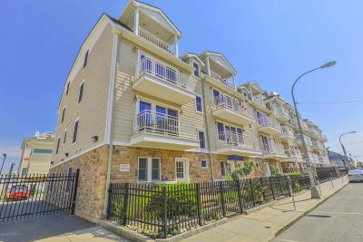 Seaside Heights Condo/Townhouse For Sale: 30 Sumner Avenue #4