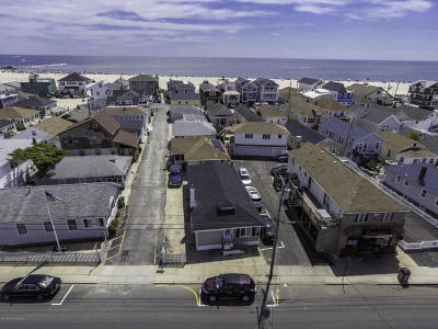 Point Pleasant Beach Single Family Home For Sale: 130 Ocean Avenue