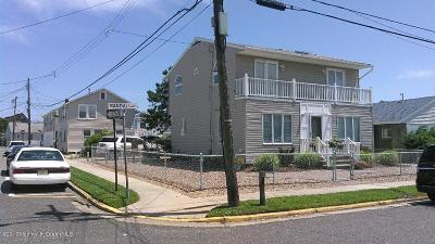 Point Pleasant Beach Single Family Home For Sale: 126 Randall Avenue