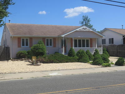 Toms River Single Family Home Under Contract: 3156 Beachview Drive