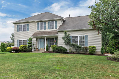 Toms River Single Family Home Under Contract: 1601 Thames Way